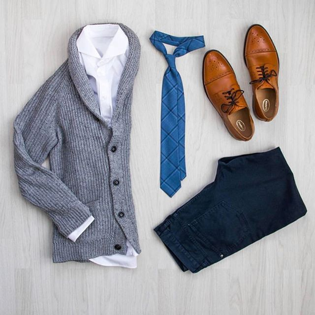 Follow @theshoegrid for daily style  #suitgrid to be featured  ________________________________________ #SuitGrid by @peterrerko ________________________________________  Tap For Brands #inisikpe Cardigan/Denim: @hm Tie: @bubibubi_ties Shoes: @flpopper
