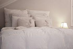 Kuvia meidän vähän aikaa sitten valmistuneesta makuuhuoneesta.    Kovin on vielä...