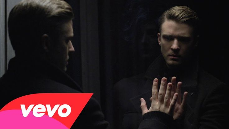 "Justin @Jordan Timberlake  ""MIRRORS""     #ItsLikeYourMyMirror #np!      http://youtu.be/uuZE_IRwLNI via @YouTube    ;D♥!(8)"