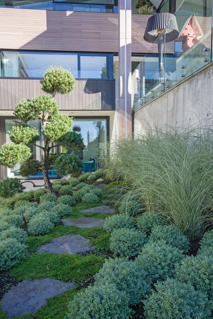 Jack merlo design more outdoor garden ideas landscape design gardening - Modern Landscape Design Project In West Vancouver Design And Build By Botanica Design House Design By Mcleod Bovell