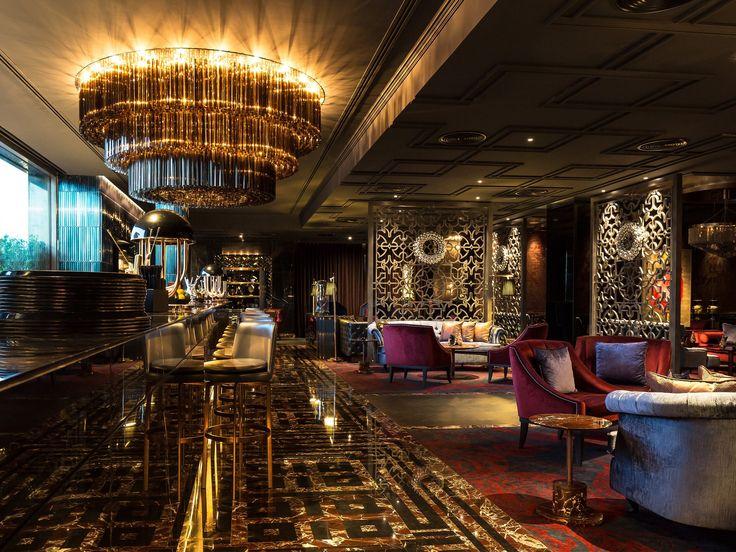 Phased refurbishment while in operation of Majid Al Futtaim's flagship hotel asset, the 5* Kempinski Hotel - Bar and lounge