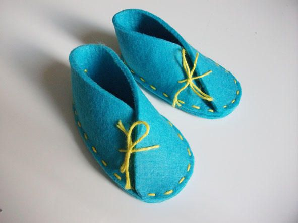 CRS...scarpine in feltro azzurro hand made by casarestyle