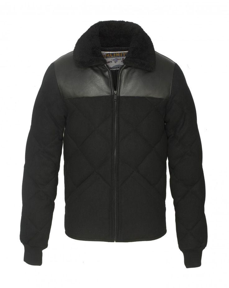 Découvrez la  doudoune en Laine noir KROSS WOOL et autres articles sur la boutique en ligne de Chevignon, marque française de vêtements pour homme depuis 1979