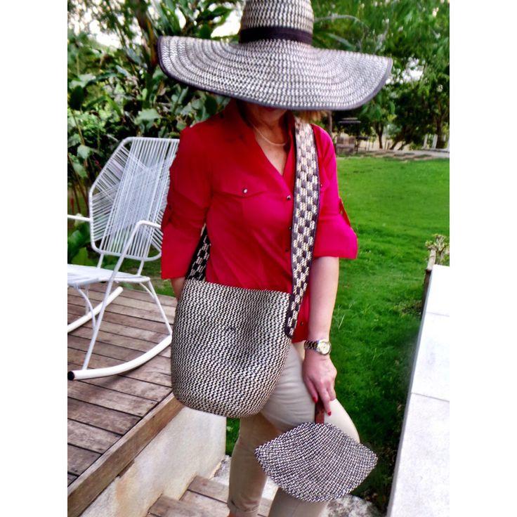 Mochila, sombrero y abanico en caña flecha hechos a mano por artesanosdecolombia.