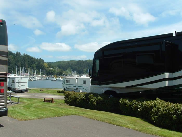 Winchester Bay RV Resort 42 Per Night Right On The Ocean With Full Hookups Walking