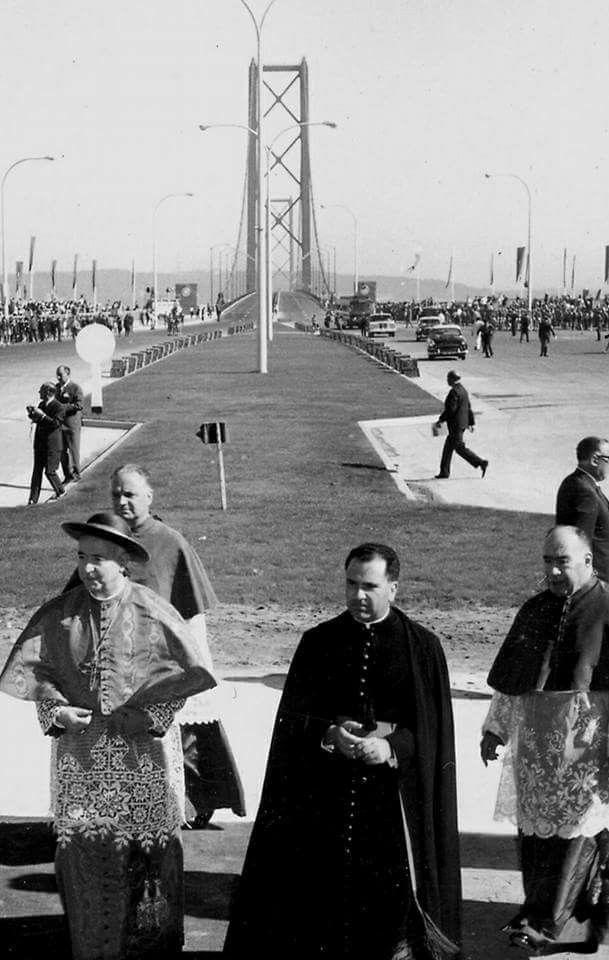 Inauguração da Ponte sobre o Tejo, 1966