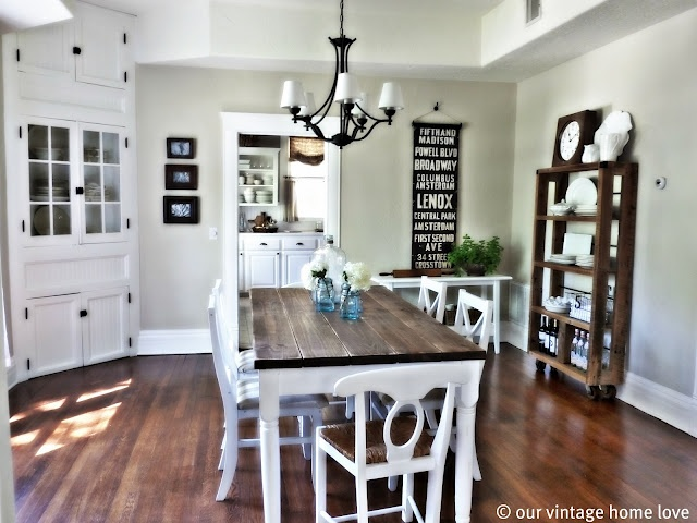 Dining Room Table: Manchester Tans, Decor Ideas, Vintage Home, Built In, Paintings Colors, Corner Cabinets, Dining Rooms Tables, Farms Tables, Dining Tables