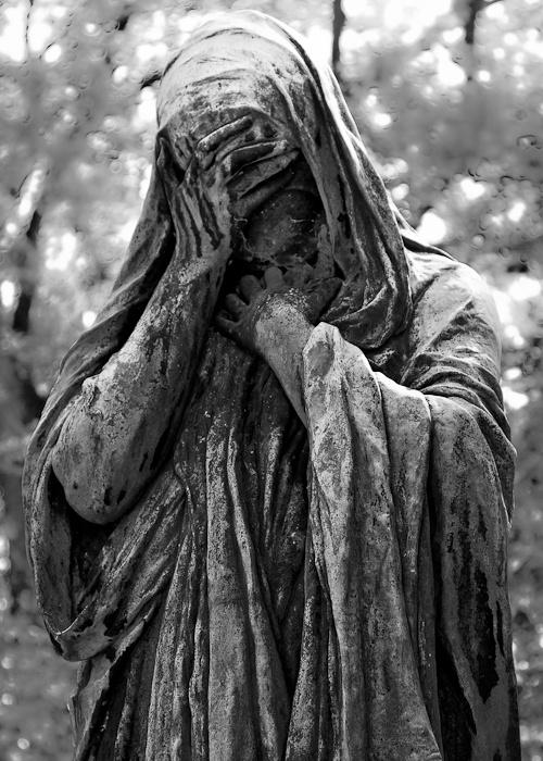 Statue at Père Lachaise Cemetery
