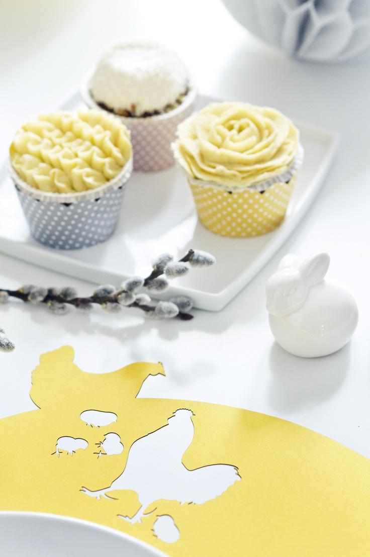 Lasercut placemat + cupcake wrap  www.karcsipapir.hu