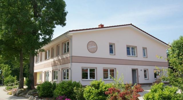 Cafe und Pension Blohm - #Guesthouses - $60 - #Hotels #Germany #Greifswald http://www.justigo.co.nz/hotels/germany/greifswald/cafe-und-pension-blohm-neuenkirchen_213984.html
