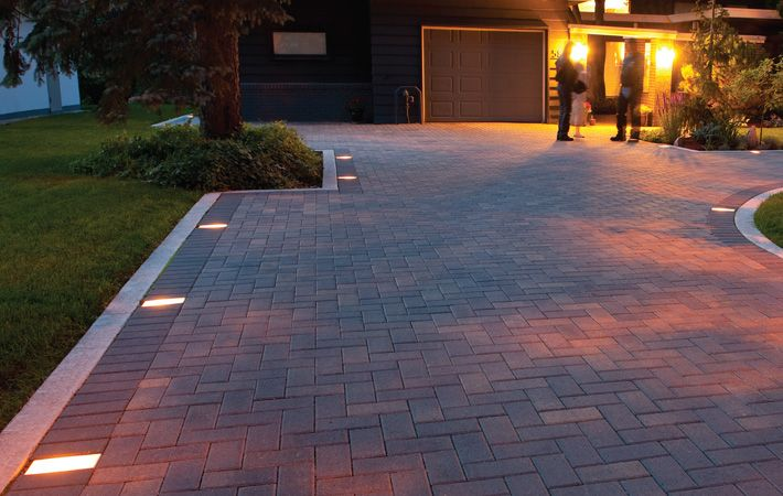 paver lights | Interlock Concrete Products Inc. | Interlocking paving stones, slabs, retaining walls, veneers and accessories