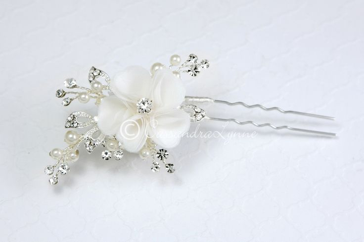 Flower Bridal Hair Pin with Ivory Pearls
