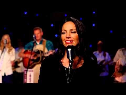 Joey+Rory - I'm Not Lisa (Live) - YouTube