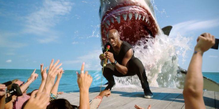 """Para promover a29 ª temporada de""""Shark Week"""",que estreia dia 23 de julho no Discovery nos EUA, ocanal de TV por assinatura apresenta o comercial """"It's Still a Bad Week to be Seal"""" (assista abaixo). O filme é protagonizado pelo cantor Seal, que aparece cantando """"Kiss from a rose"""".Depois, o artista acaba sendo atacado por um tubarão. A criação é da AV Squad, de Los Angeles. Ficha Técnica: Client – Discovery Title – """"It's Still a Bad Week to be Seal"""" Group EVP,..."""