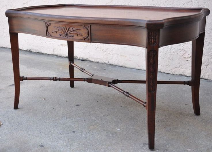 Antique Imperial Grand Rapids Furniture 1940 S Mahogany Coffee Table W Drawer Drawers And