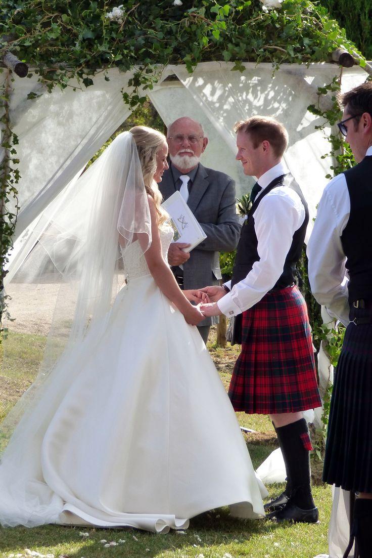 A Scottish/Provencal wedding at La Bastide de Marie Menerbes. September 2016 Photograph by Cherry Thatcher.