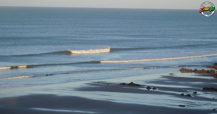 Check out our full detailed surf report, live webcams, and 7-day forecast at www.zumajay.co.uk/surf-report  Offshore winds and 2ft clean surf, A great way to start off the week!  Any of the Bude beaches today for a super fun clean wave, Should be building slightly later in the day. Enjoy!!