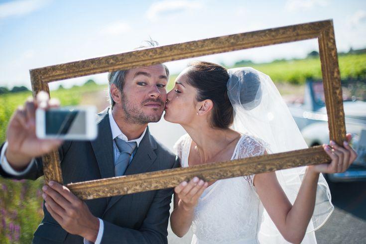結婚式の前撮りの定番!遠近法ショットのおすすめ画像25選