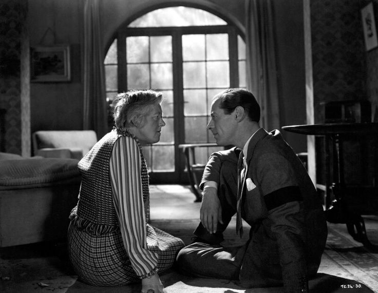 Rex Harrison and Margaret Rutherford in Blithe Spirit ❤❤