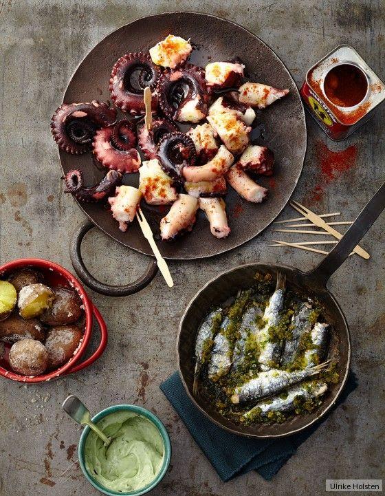 Köstlicher Pulpo, gegrillt mit Chili, Knoblauch und Paprika ist eine ganz hervorragende, spanische Vorspeise!