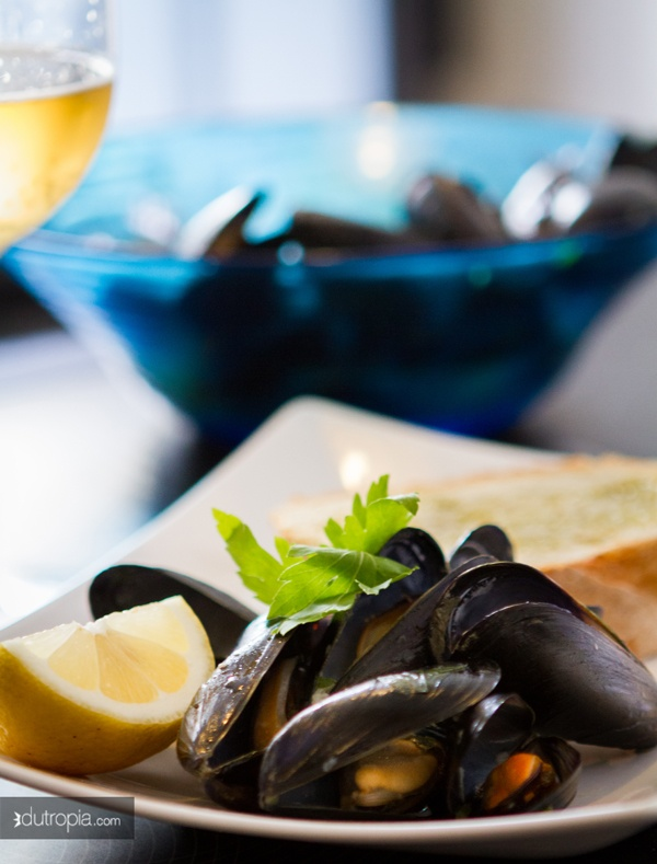 Mexilhões alla marinara         Receita em: http://suculentes.com/frutos_do_mar/mexilhoes-alla-marinara/