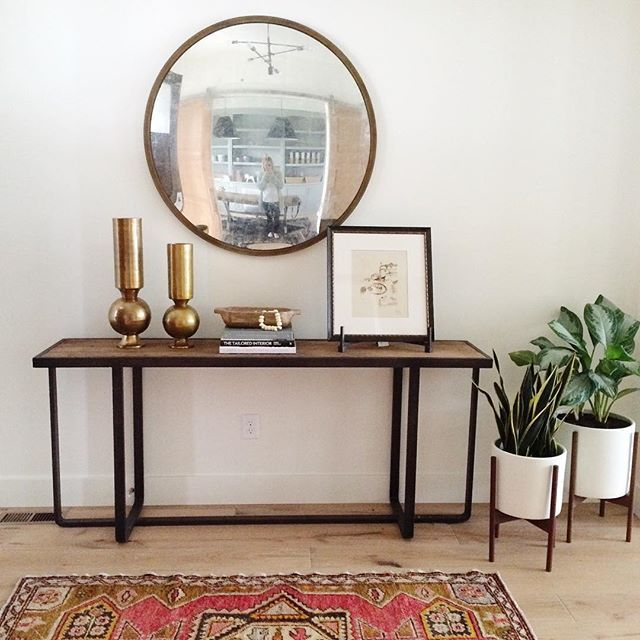 Simple and modern styling in the #mapletonnewbuild entryway. #mywestelm