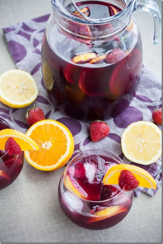 Red Wine Sangria with Strawberries (and no added sugar). A refreshing, make ahead wine punch perfect for BBQs!
