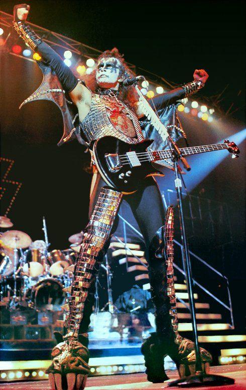 KISS Gene Simmons ALIVE II Era Poster stand-up Display por kiss76