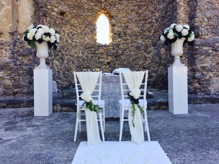 white flowers, white vase, hydrangea, wedding day, sant'eustachio, scala