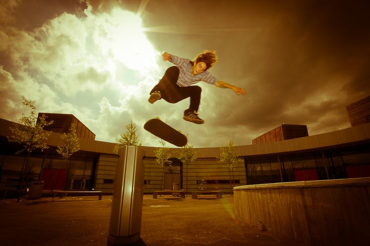 Noel Nissen - Flyin' backside flip