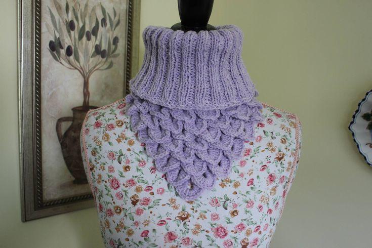 How to Crochet the Crocodile Stitch Neck Warmer