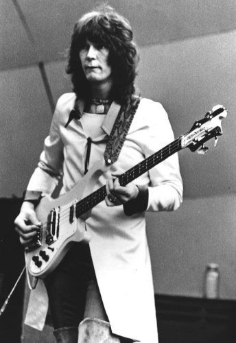 Bass. Chris Squire(Yes). Same Rickenbacker as stills plays on tour.