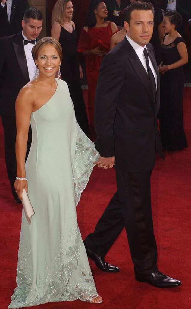Bennifer was a dazzling duo at the 2003 Oscars, but their love affair soon ended when their wedding was postponed and eventually called off completely. #JLo #BenAffleck