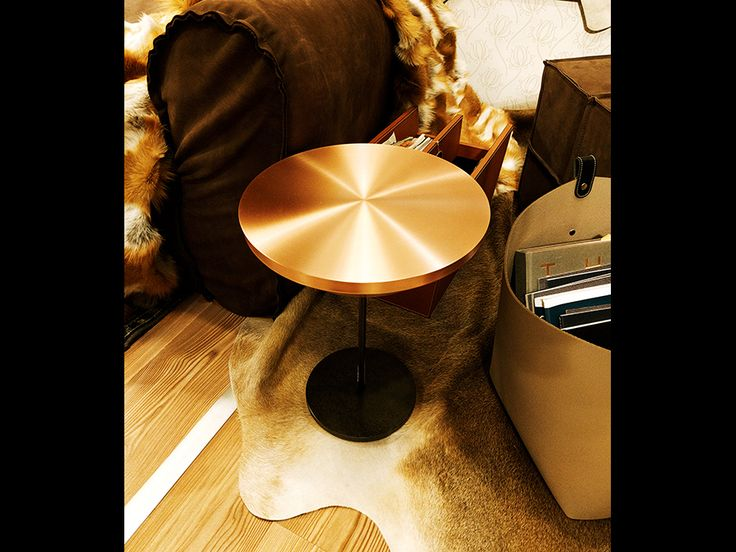 Fur Deco | copper side table  #sidetable #copper #metal #handmade #decoration #interiors