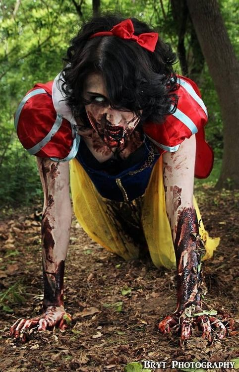 Zombie Snow White special effects makeup idea / Paired with white frosty FX contacts ~ http://www.pinterest.com/pin/350717889705763104/