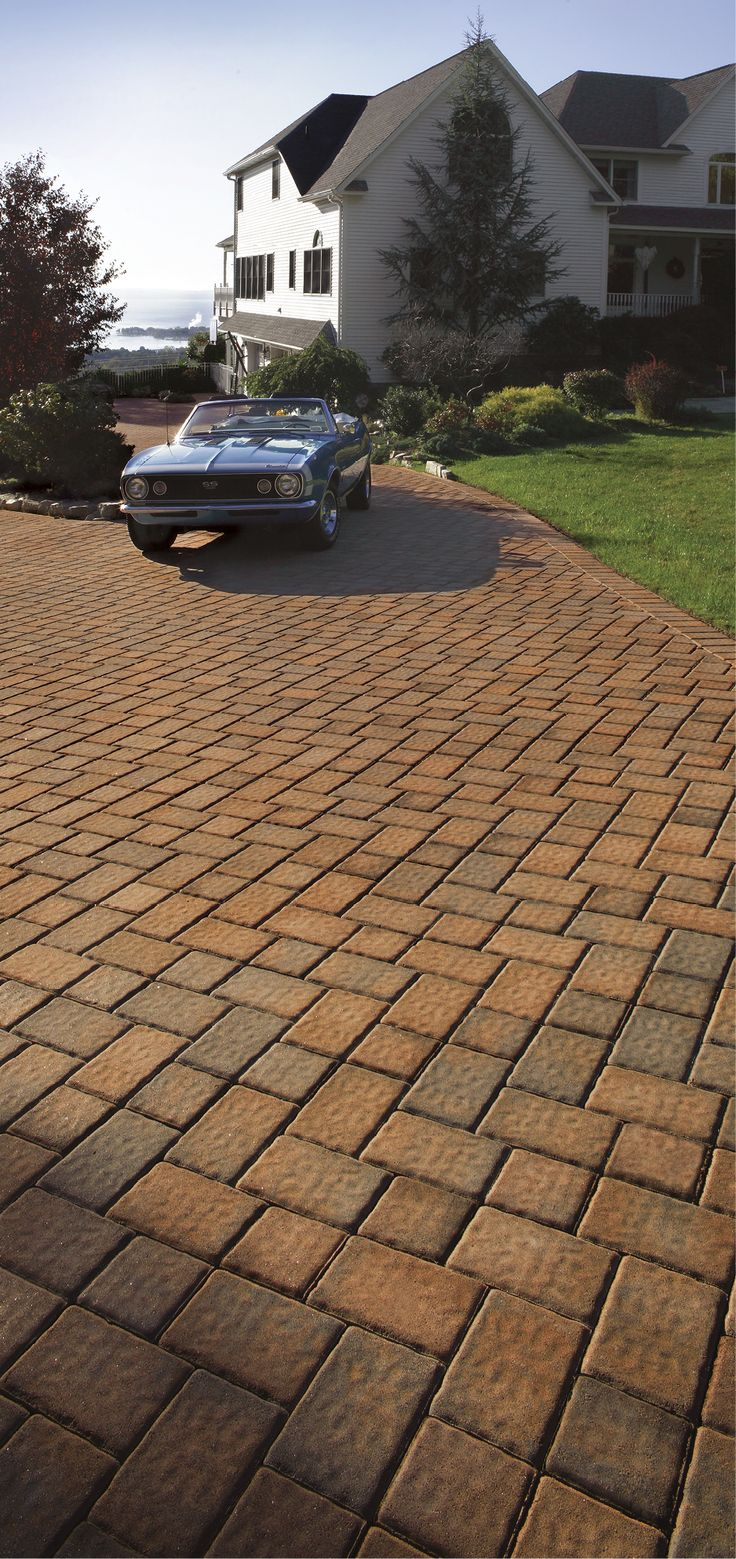 10 best the roundtable collection images on pinterest cambridge cambridge pavingstones roundtable collection and in salmononyx were used to create this beautiful pavingstone driveway biocorpaavc Images