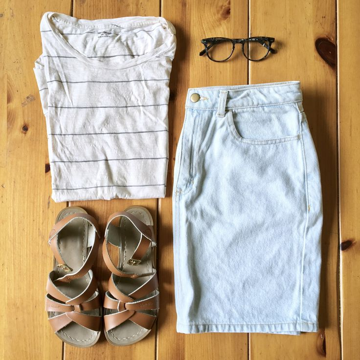 American apparel skirt cute glasses Madewell tee tan sandals outfit flatlay