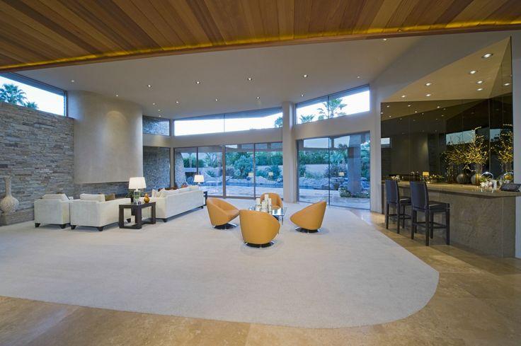 Light & Spacious Living Room Interior Design Ideas