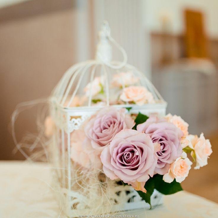 Wedding reception decoration @ Palatul Mogosoaia by www.GrabazeiPhotography.ro