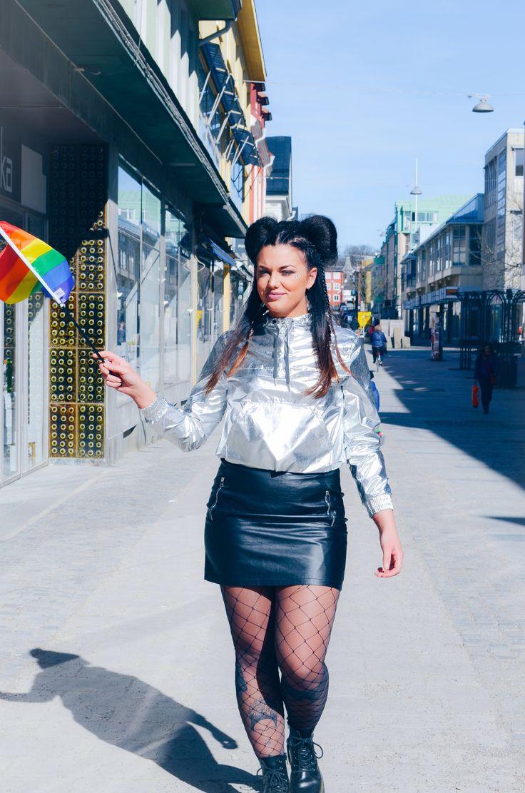 Pride låten lanserad och jag stylar artisten Vendela Hollström