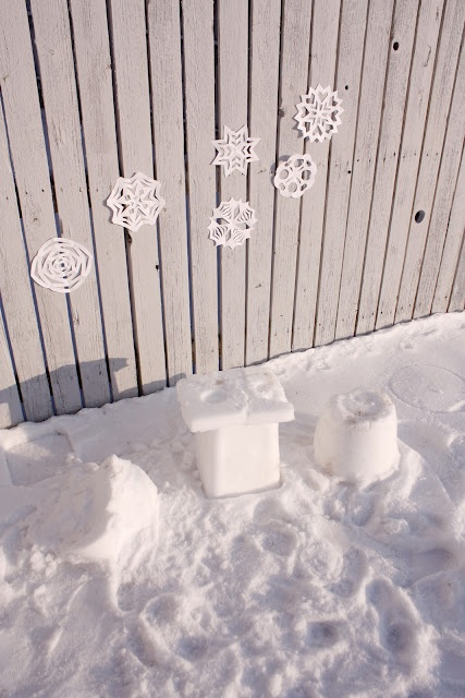 delia creates: snow table... I hope we get snow this year...