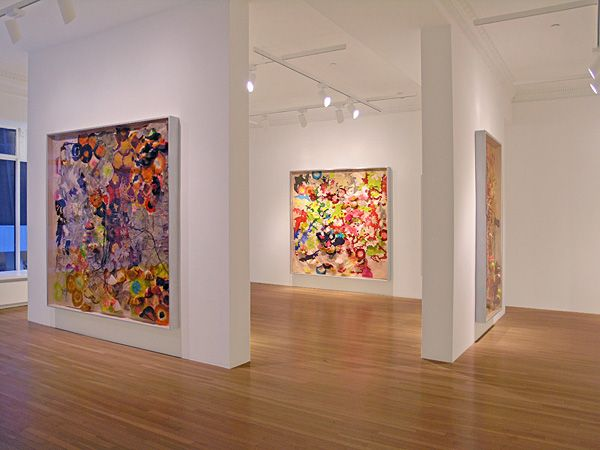I'm so bummed I'm not in new york to see this show. A new exhibit by Judy Pfaff at the Ameringer Yohe Gallery. The large scale works are made using mixed media and paper. They look delightful!Ameri...
