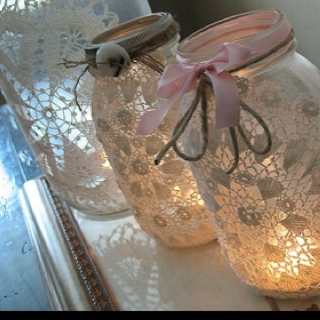 So cute for the holidays.  http://www.sparkleandhay.com/diy-mason-jar-doily-luminaries-by-crafts-by-amanda?utm_source=feedburner&utm_medium=feed&utm_campaign=Feed%3A+SparkleHay+%28Sparkle+%26+Hay%3A+Inspirations+for+a+Rustic+Chic+Wedding%29Ideas, Masons, Doilies, Lace Mason Jars, Candles Holders, Teas Lights, Mason Jars Candles, Diy, Crafts