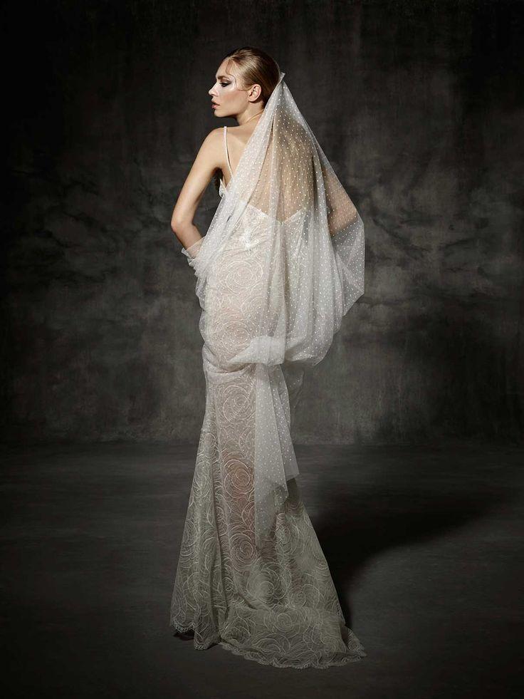 80 best images about robes de mari e yolan cris on for High end designer wedding dresses