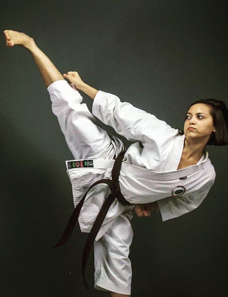 Hardcore karate georgina verbaan