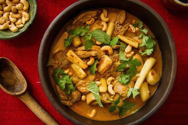 Coconut Chicken Curry with Cashews recipe in Exploring Sri Lankan Cooking - City Kitchen - NYTimes.com