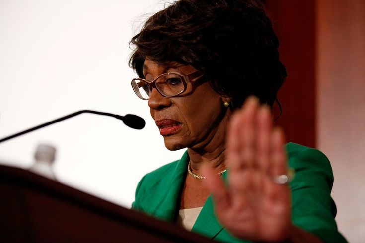 Democrats Warren, Waters demand to know why Trump, Mulvaney are protecting loan sharks. Democratic Sen. Elizabeth Warren and Rep. Maxine Waters (CA) are still committed to their congressional job of oversight. Last week Mick Mulvaney, the part-time head of Consumer Financial Protection ...
