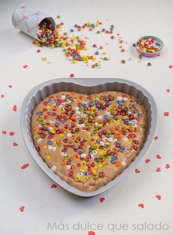 Más dulce que salado: Cookie gigante de lacasitos{San Valentín}