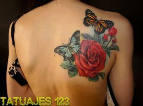 tatuaje-rosa-y-mariposas.jpg (600×446)