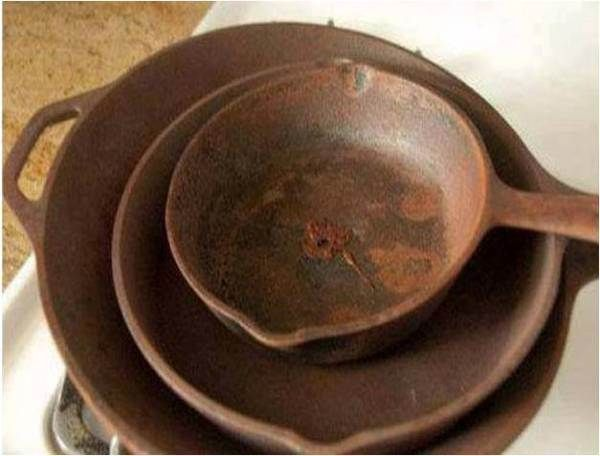How To Clean and Season Old, Rusty Cast Iron Skillets - Find Fun Art Projects to Do at Home and Arts and Crafts Ideas